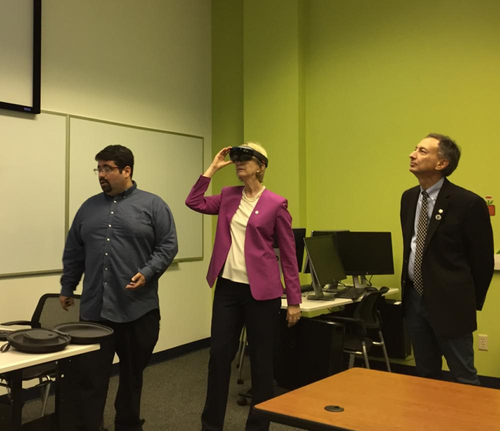 Chancellor tests VR 800x680