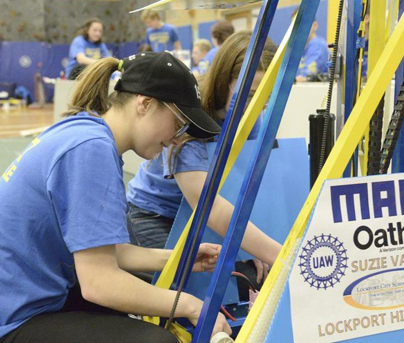 Lockport High School Robotics 800x680
